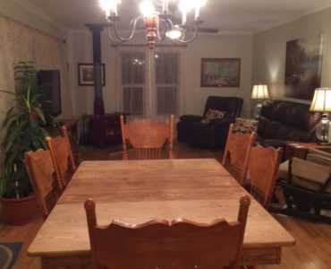 classic dining style country homes for sale